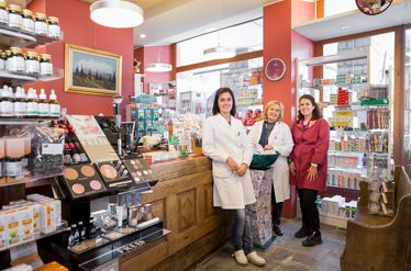 Cogne Town Centre / Beauty, wellness and health Farmacia di Cogne