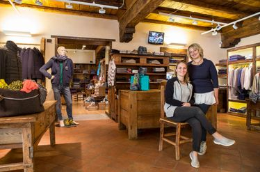 Cogne Town Centre / Clothing and footwear Sabolo